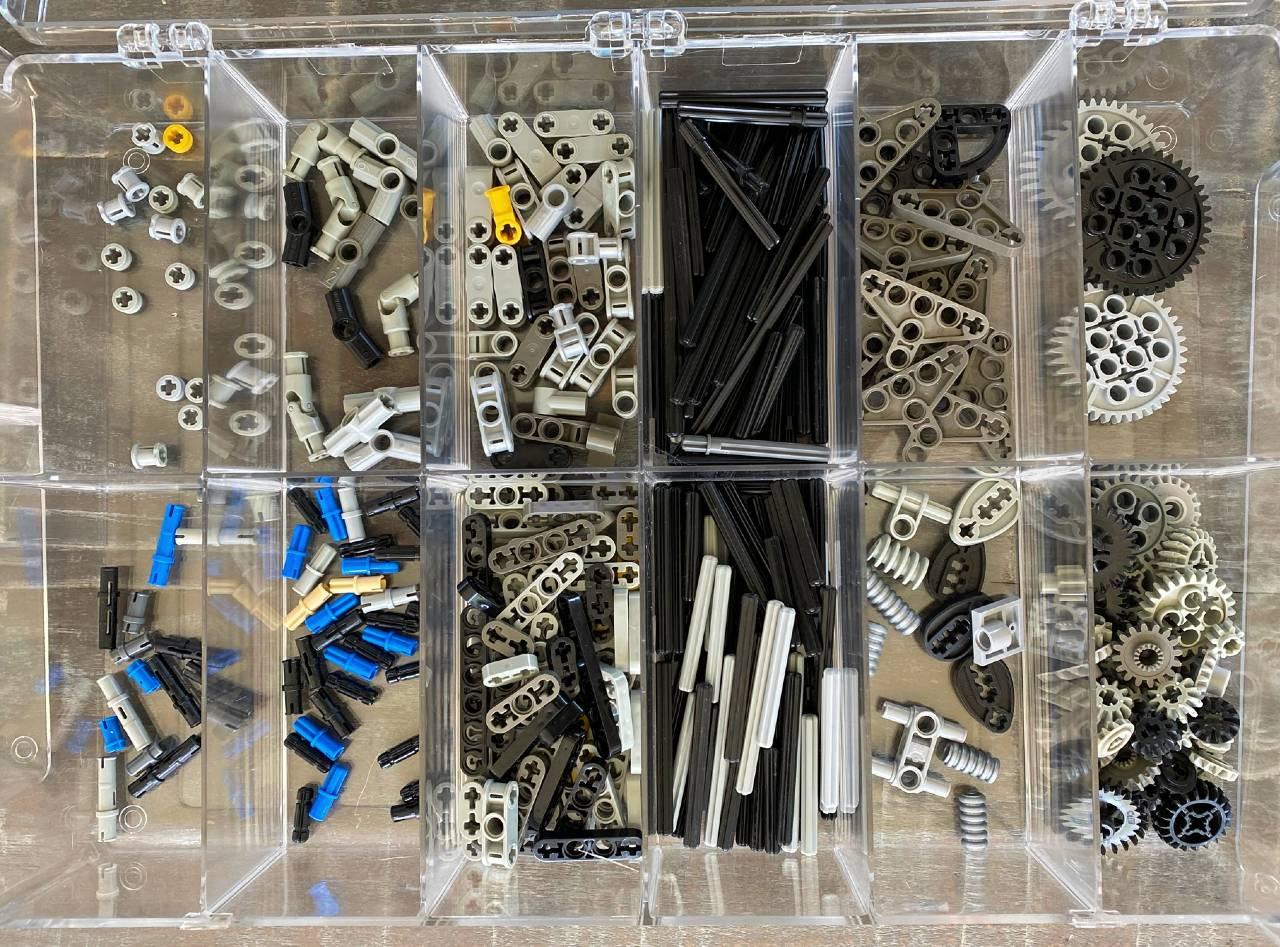 Perfectly sorted Legos